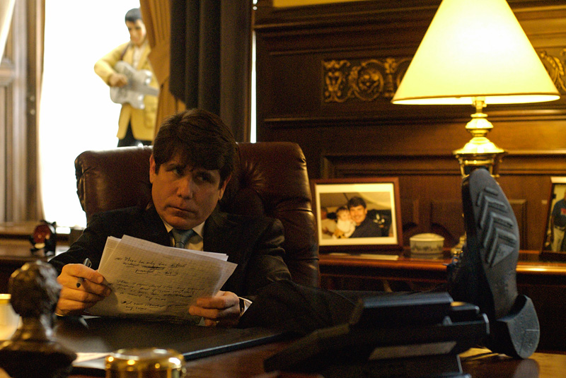 SPRINGFIELD, ILLINOIS.  Beleaguered Illinois Governor Rod Blagojevich prepares notes in his final act in the governor's office in Springfield before speaking in his own defense at his impeachment hearing at the state capitol in Springfield, Illinois on January 29, 2009.  Blagojevich said he rarely sticks to his notes but uses them for support and back-up.  (Credit: Amanda Rivkin for The New York Times)