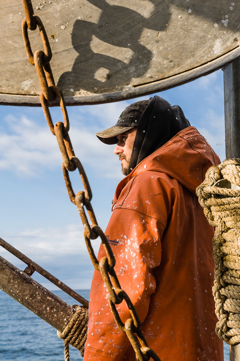 z-commercial-fisherman-17