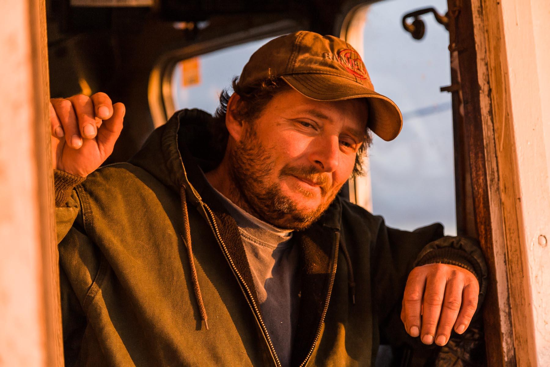 z-commercial-fisherman-40