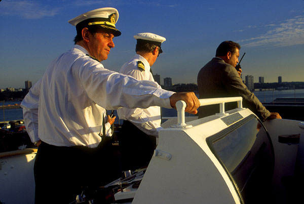 Captain Paul Wright, QE2, NYC berthing.
