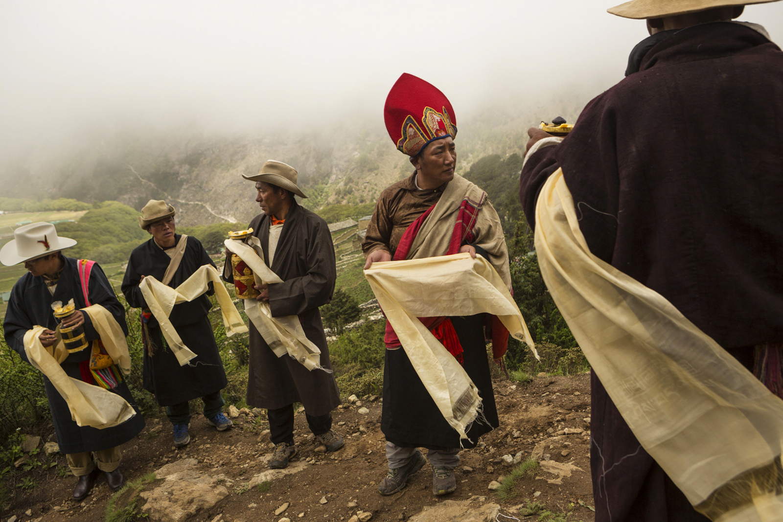 Welcoming of a senior Lama from Tanboche Monastary who will lead the ceremony of Dumji in Phortse village.  Most male participans also work for commercial outfitters on mountains like Everest, Amadablam, etc.