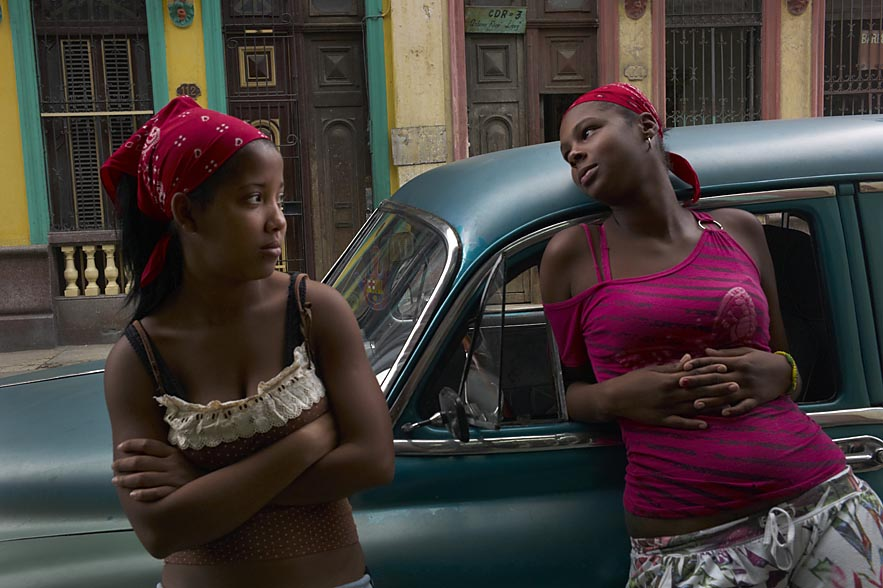 Habana_two_beautiful_girls_for_web