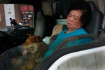 Singapore__Little_India_Lady_sleeping_in_the_car_with_dog_save_8