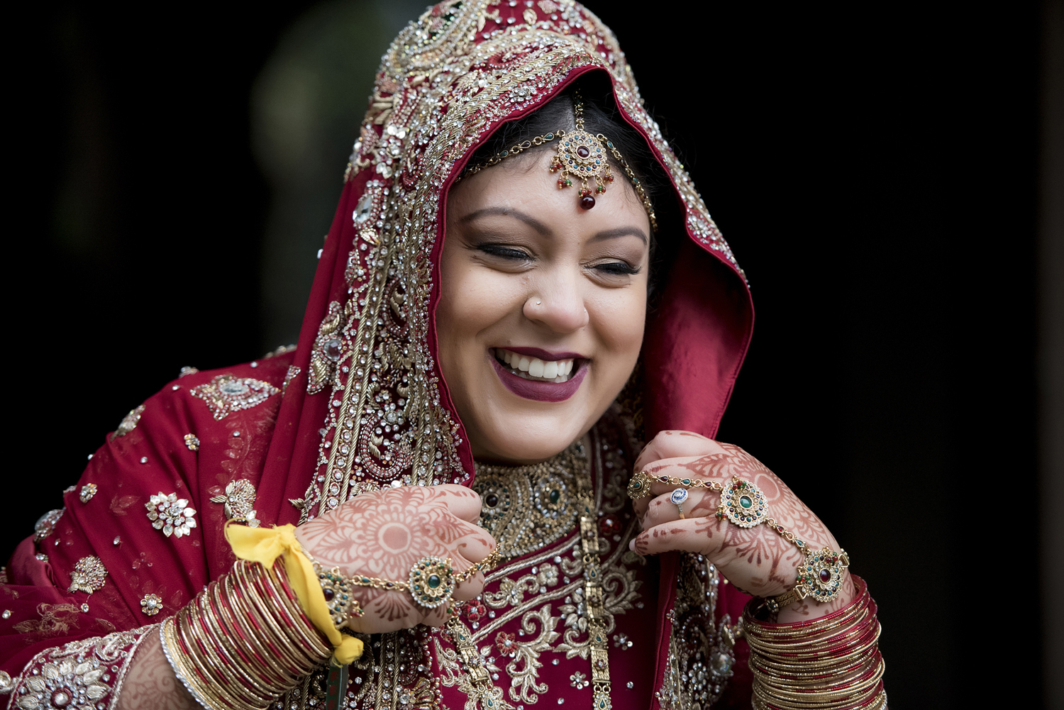 bride laughing, hindu bride, indian wedding, hindu wedding. NYC wedding photographers