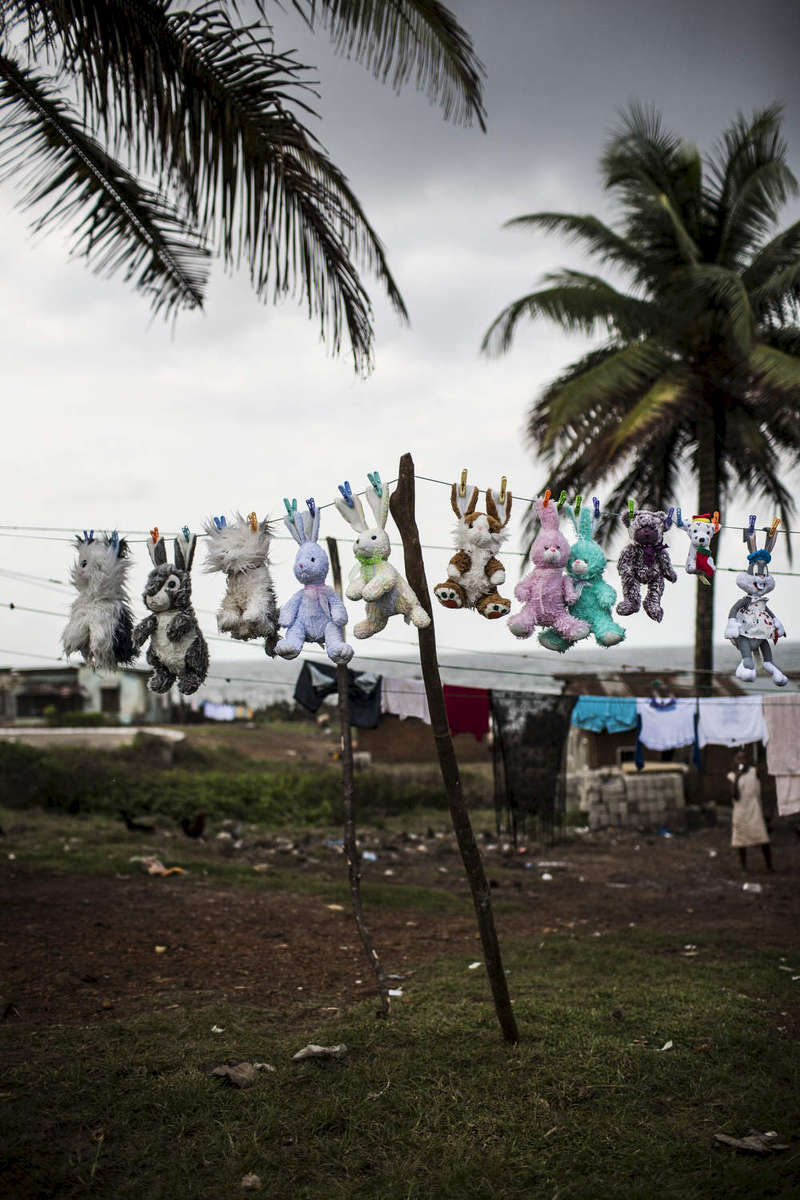 Stuffed animals are washed and hung out to dry in Harper, Liberia In August 2010.  Photo by @glennagordon#Liberia #Africa #WestAfrica #EverydayAfrica #antebellum #architecture #Harper #remote #seaside #decay #teddys #laundy
