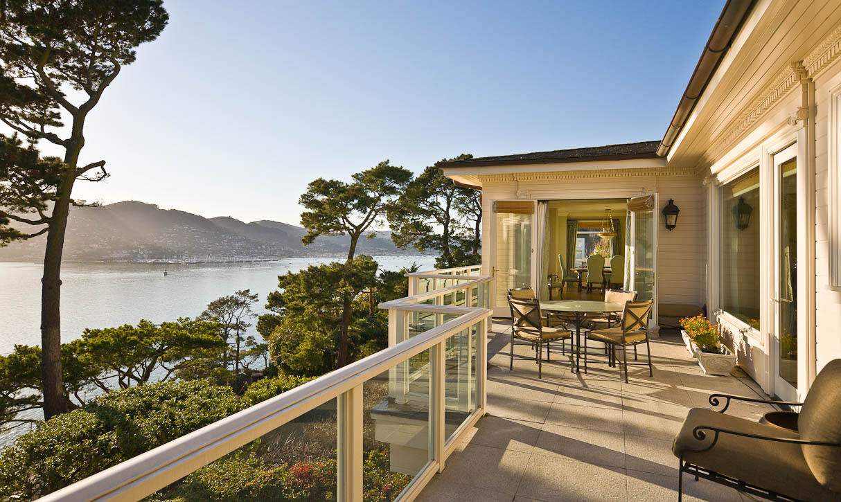 Stunning San Francisco, Sausalito, & Golden Gate Bridge views. Photo by Jay Graham for Decker Bullock Sotheby's International Realty.