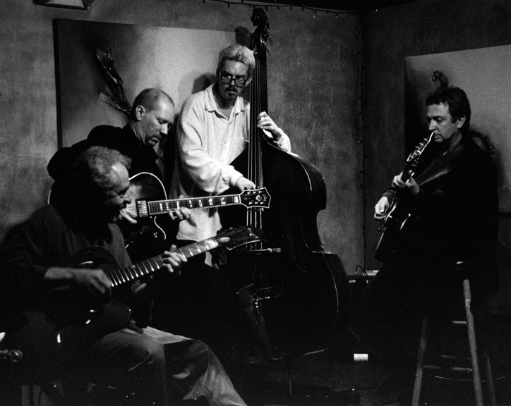 w/ JOHN - PAUL BOLLENBACH - DAVE CARPENTER© Bob Barry 1998
