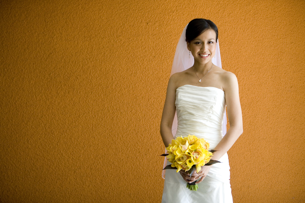 Bride_with_yellow_BQT