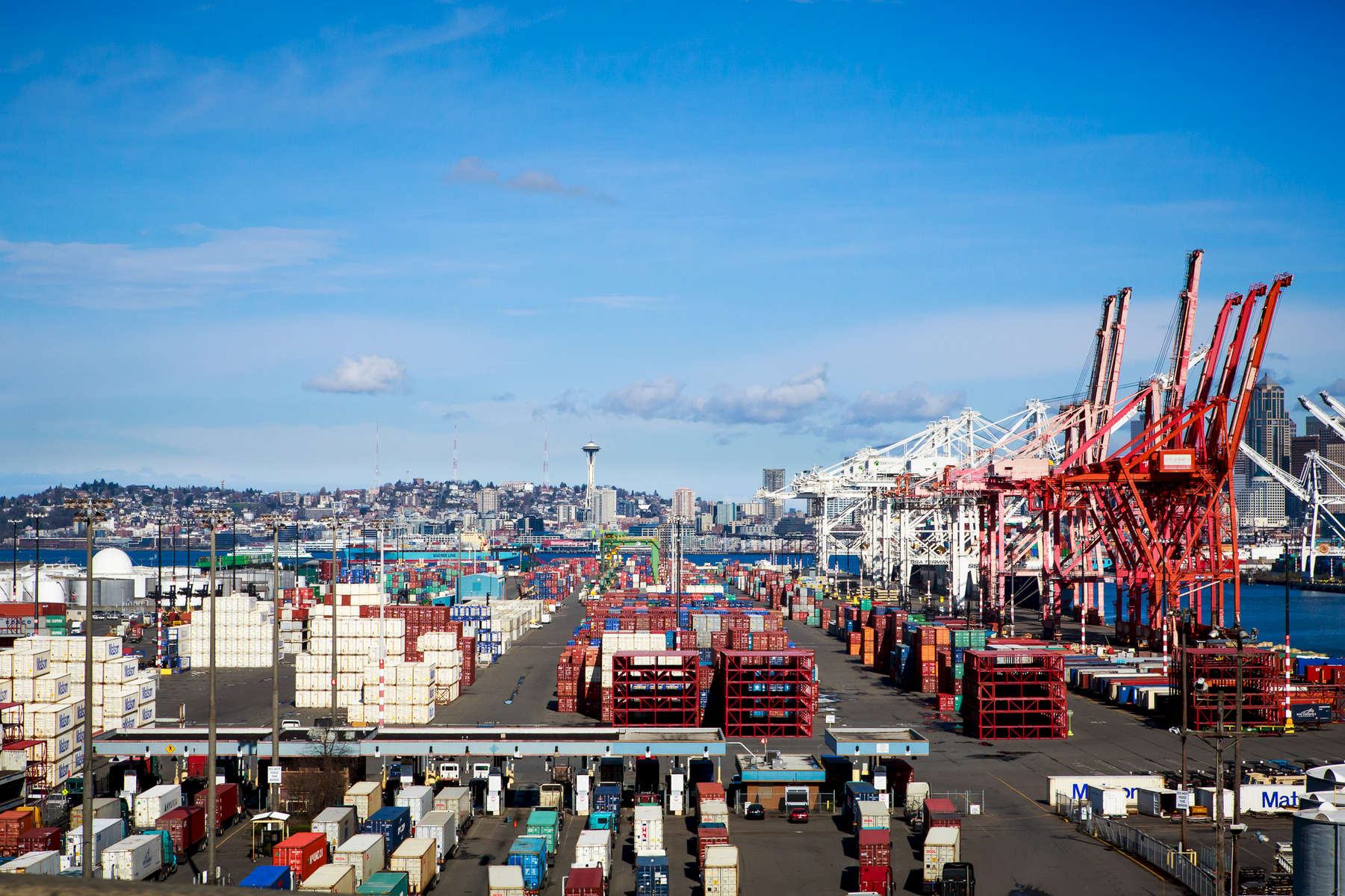 Seattle, WA., March 12, 2015:  The Port of Seattle. Shell Oil has signed a lease which would allow it to winter-over its Arctic drilling equipment here. That is causing a lot of controversy with everyone from the mayor to an upcoming court battle. Photograph by Evan McGlinn for The New York Times.