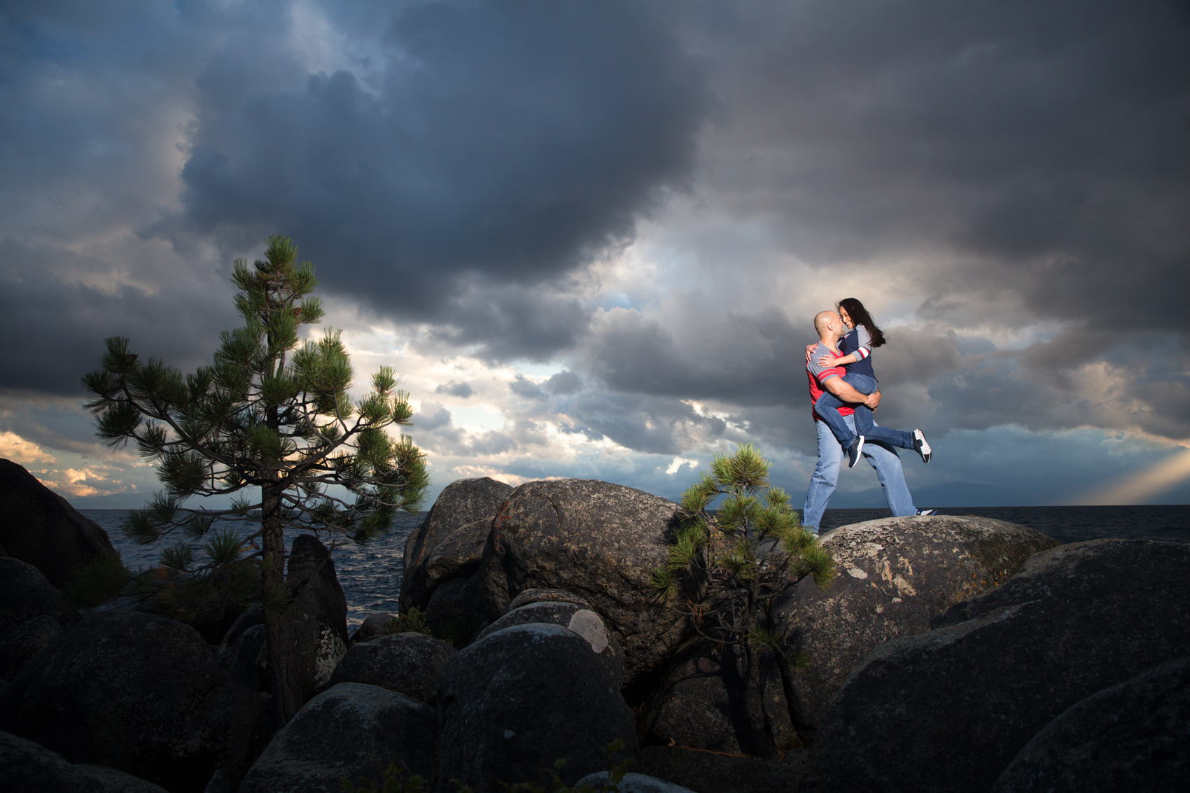 Tahoe-dramatic-sky-engagement-picture