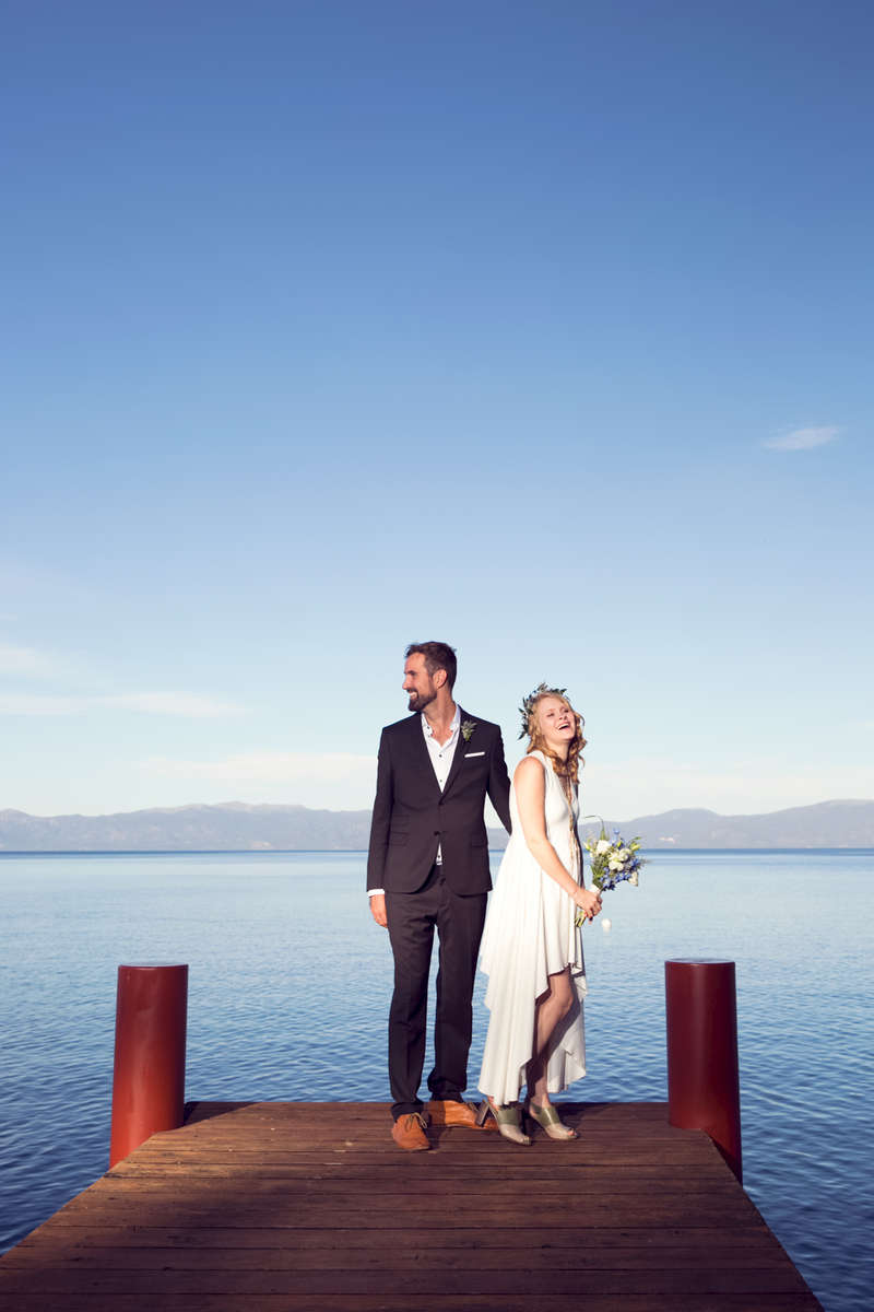 Tahoe-pier-couple