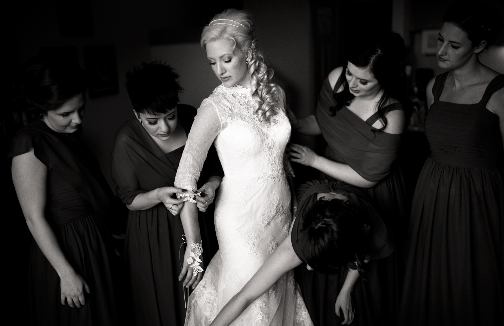 bride-in-black-and-white-photo