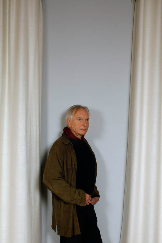 4.Peter Weir,Realisator for Paris-Match.