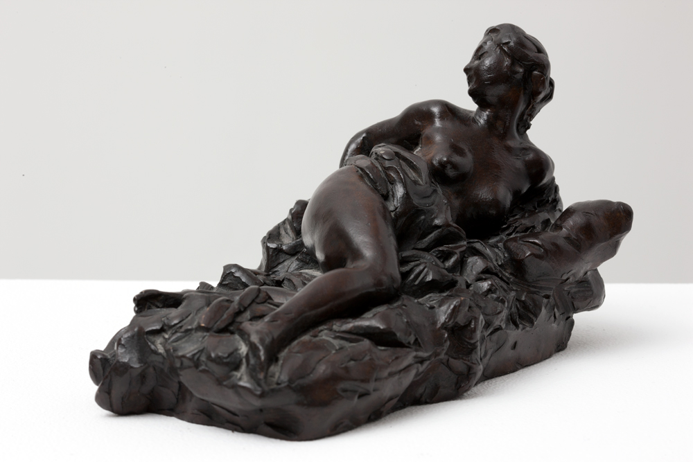 Aimé-Jules DALOU (1838-1902)Bronze with brown patina11.5 x 18 x 11 cmInscribed « DALOU » on the baseInscribed « Femme » on the inside Foundry Susse, ParisPrivate collection, Switzerland