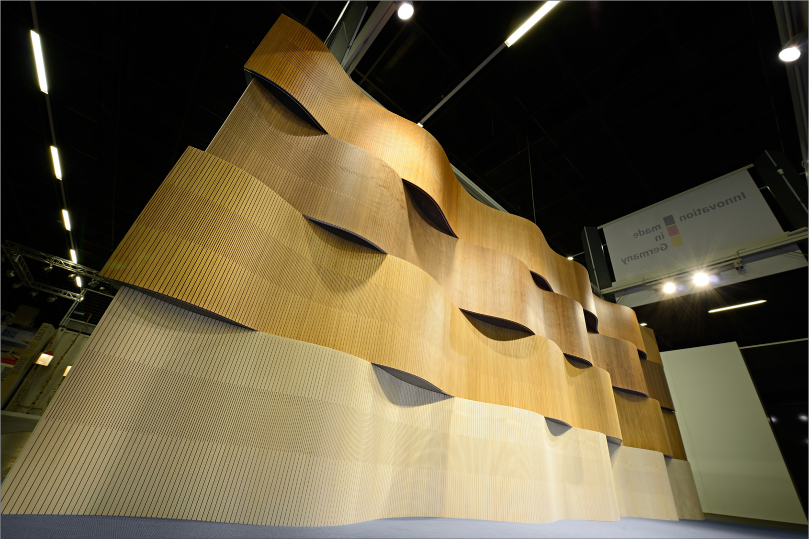 WAVY Acoustic – create a new architecture of interiorwalls and ceilings