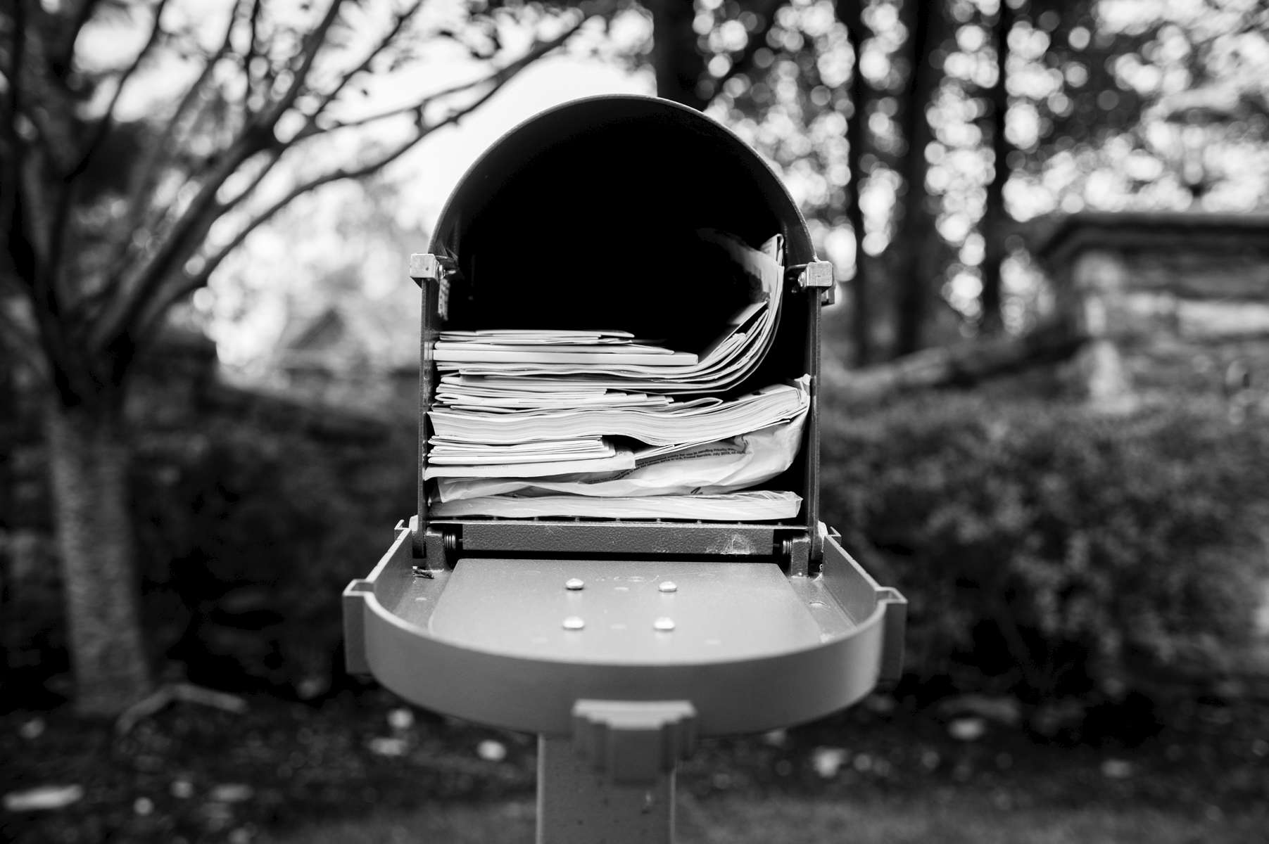 Like clockwork, Laurel always picked up the mail. This full mailbox meant that she hadn't checked it in a week, and this was a small sign that her disease was starting to hinder her ability to do her everyday, normal tasks. Chappaqua, NY. October 2014