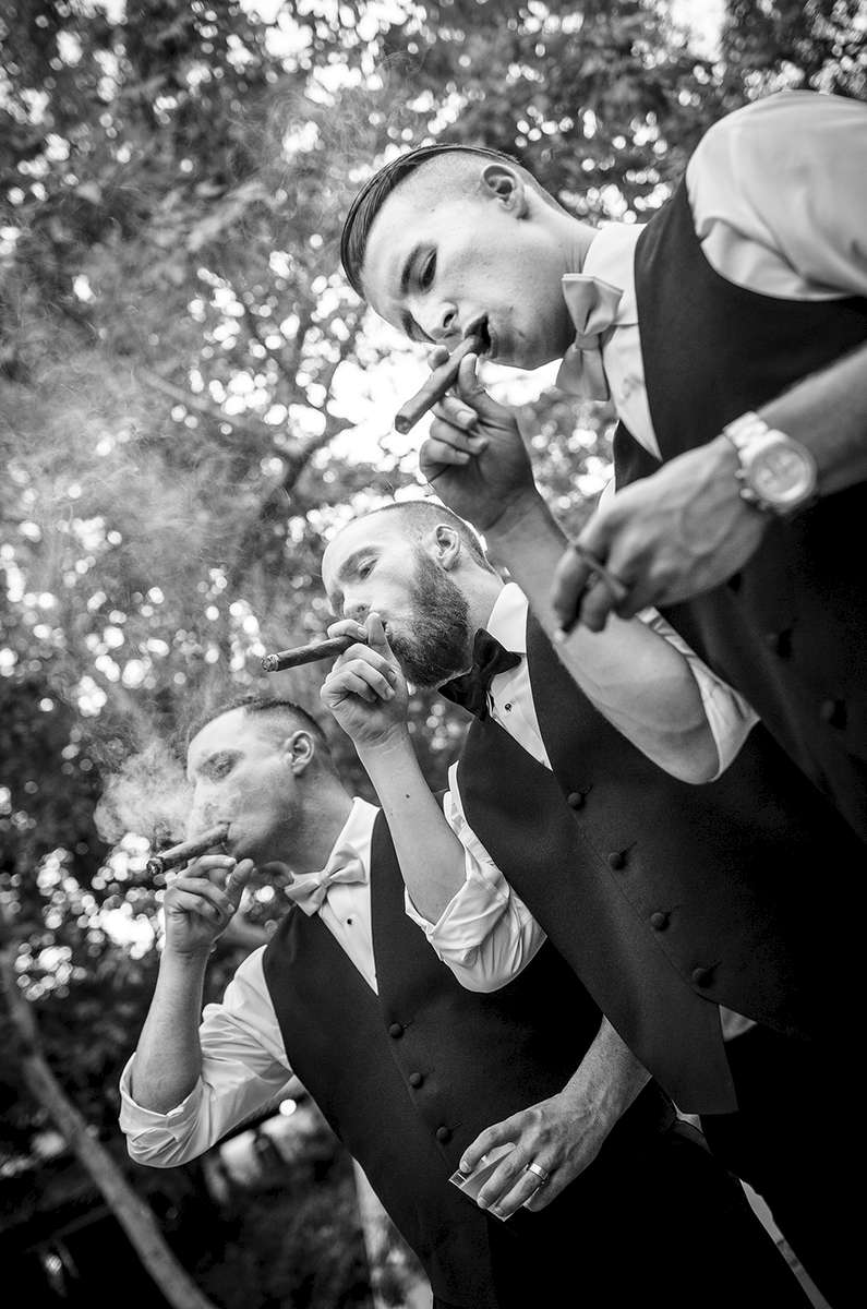 Black-and-White-Cigar-Bar-at-Rancho-Las-Lomas