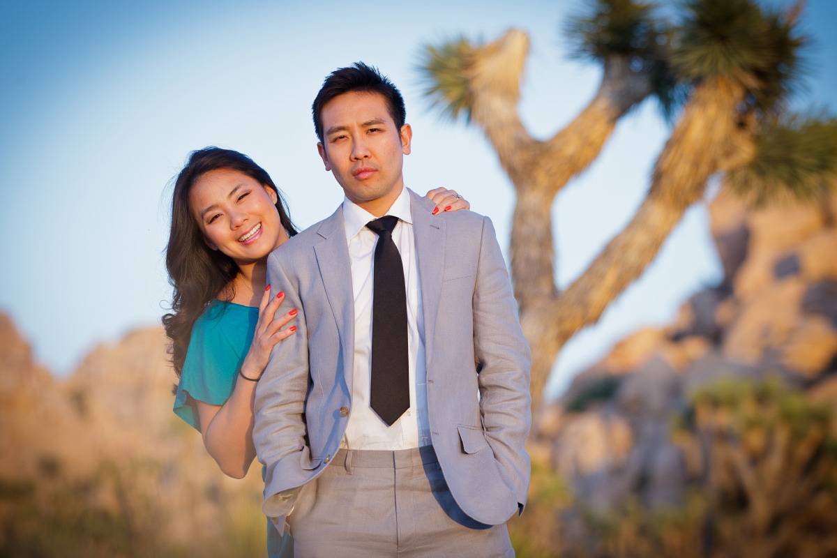 Joshua_Tree_National_Park_Engagement_Session_at_Sunset_006