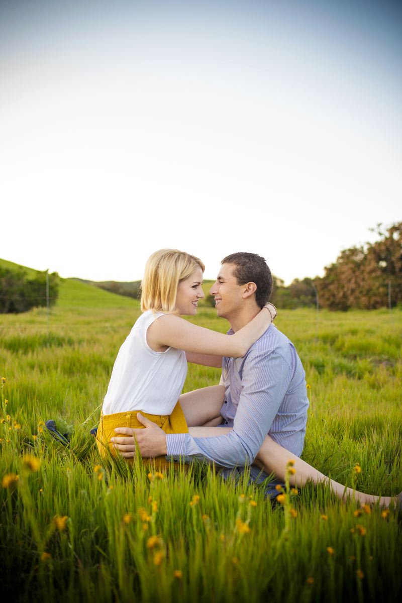 Thomas-Riley-Engagement-Session-at-Sunset-002