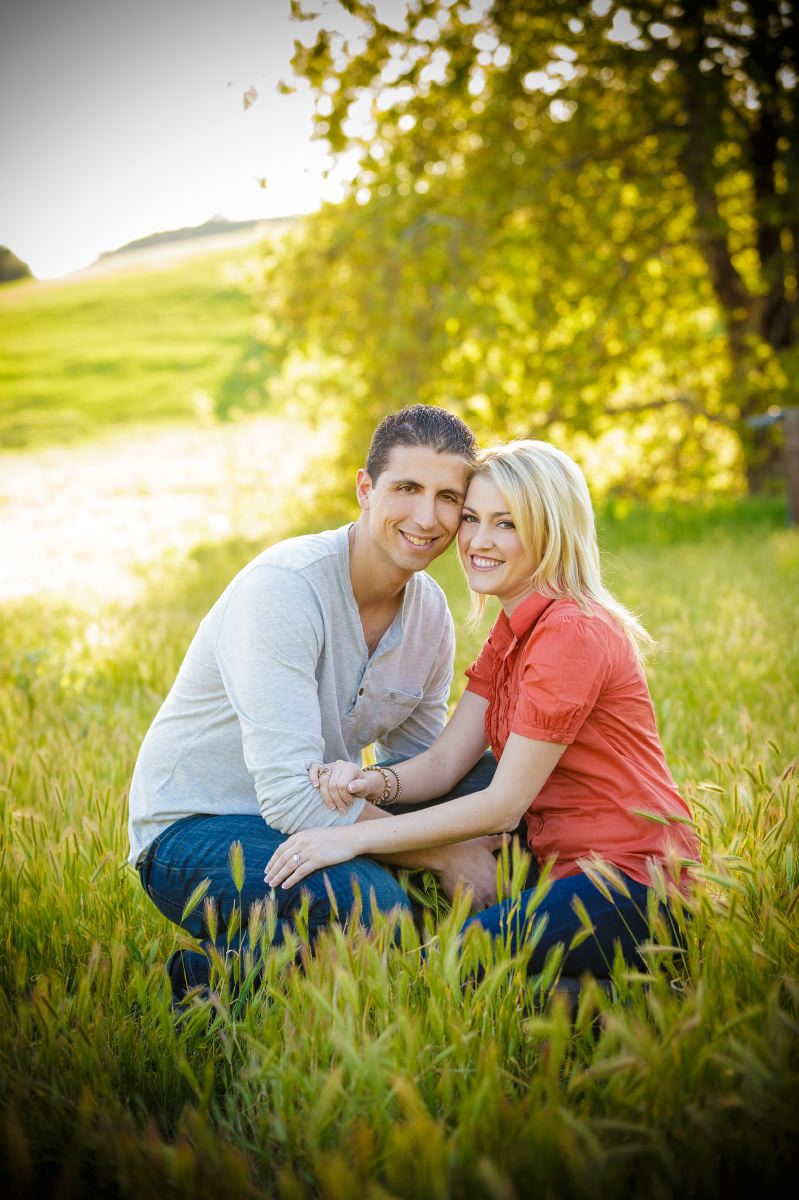 Thomas-Riley-Engagement-Session-at-Sunset-003