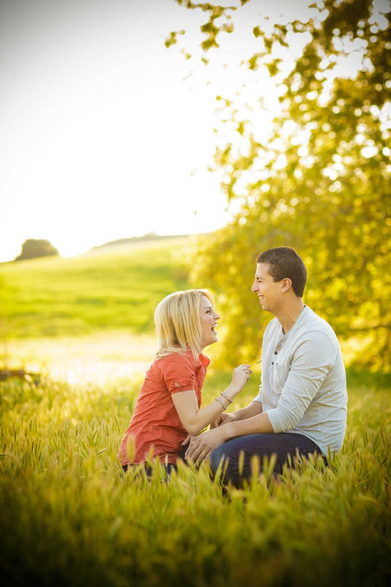 Thomas-Riley-Engagement-Session-at-Sunset-006