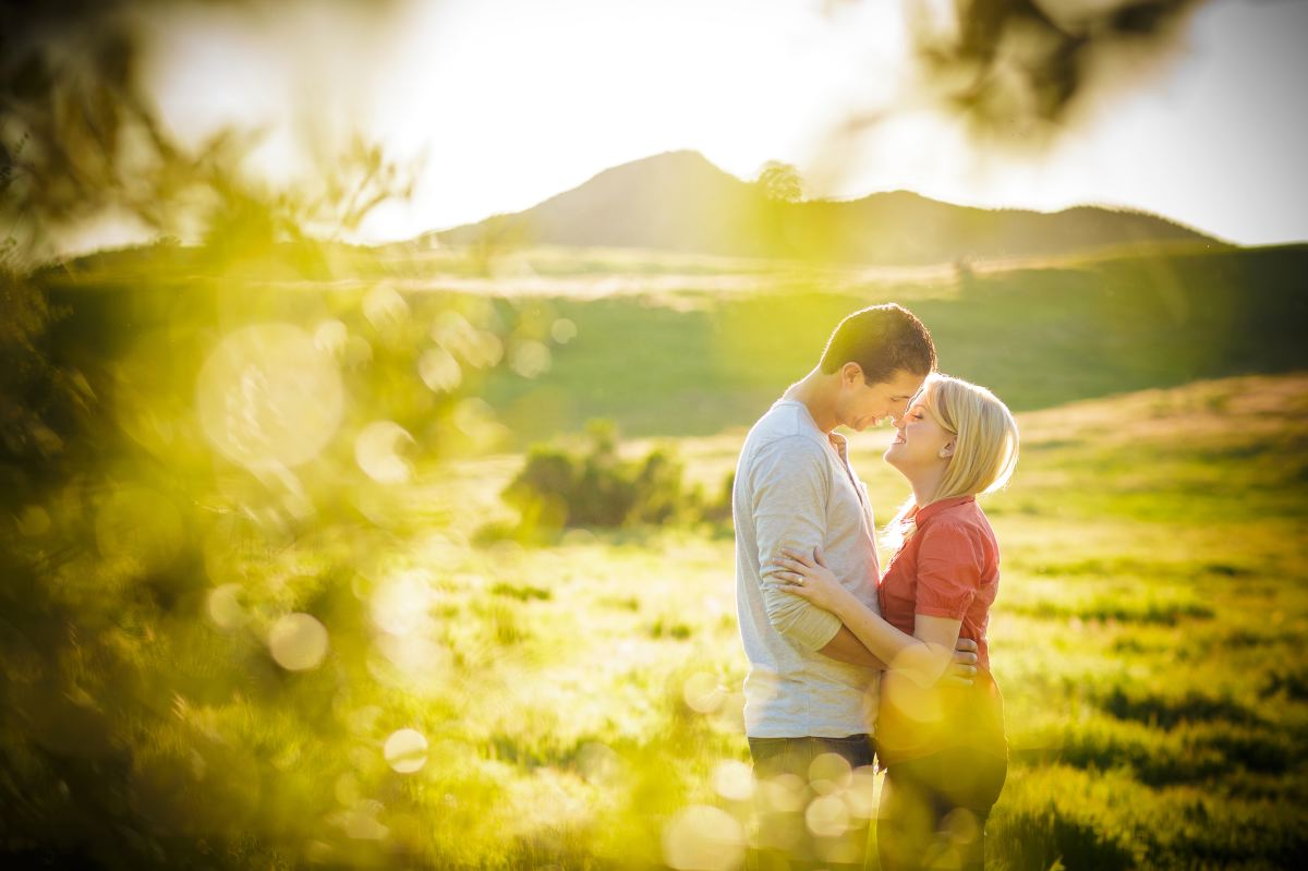 Thomas-Riley-Engagement-Session-at-Sunset-017