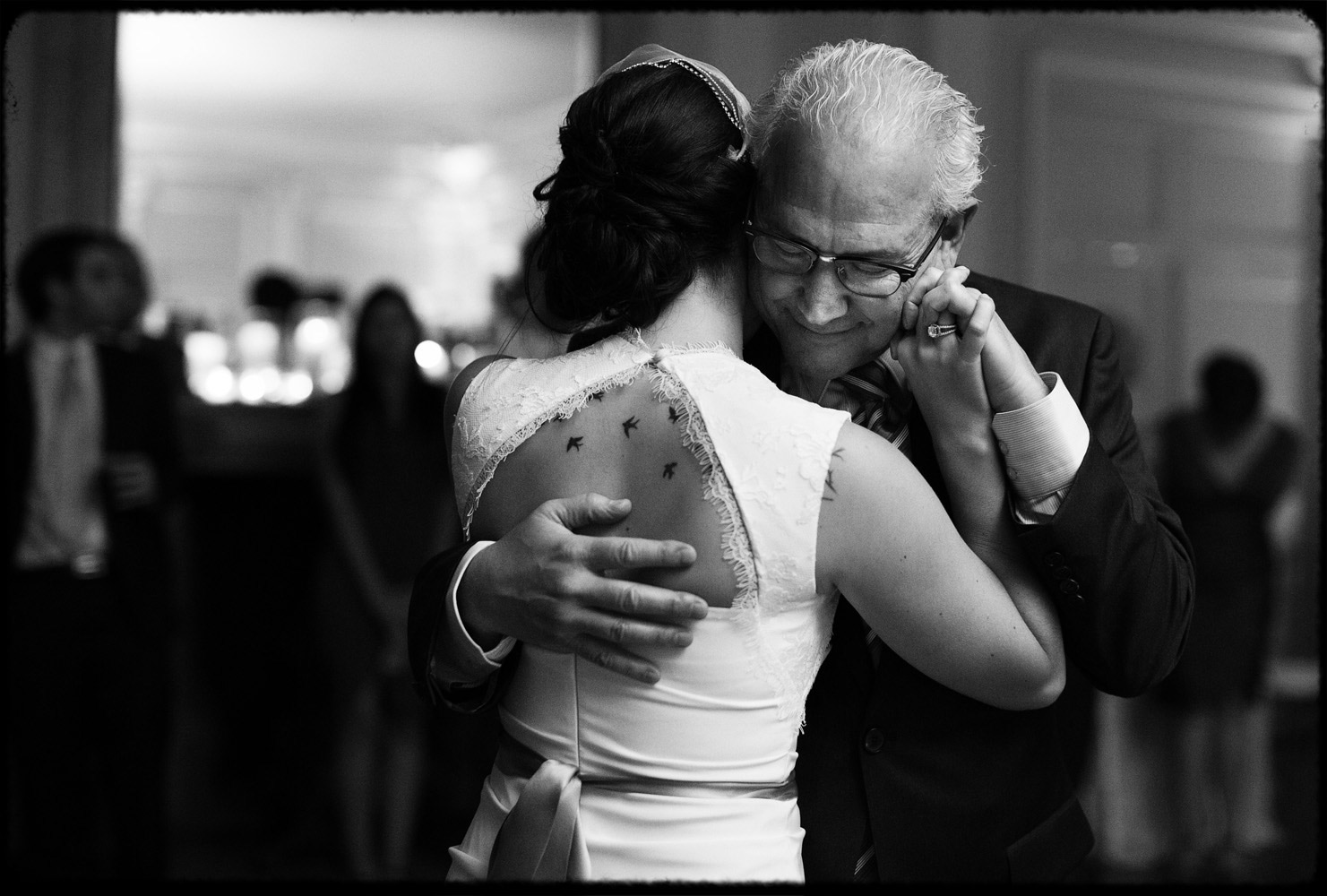 father daughter first dance with tattoos in the birkshires