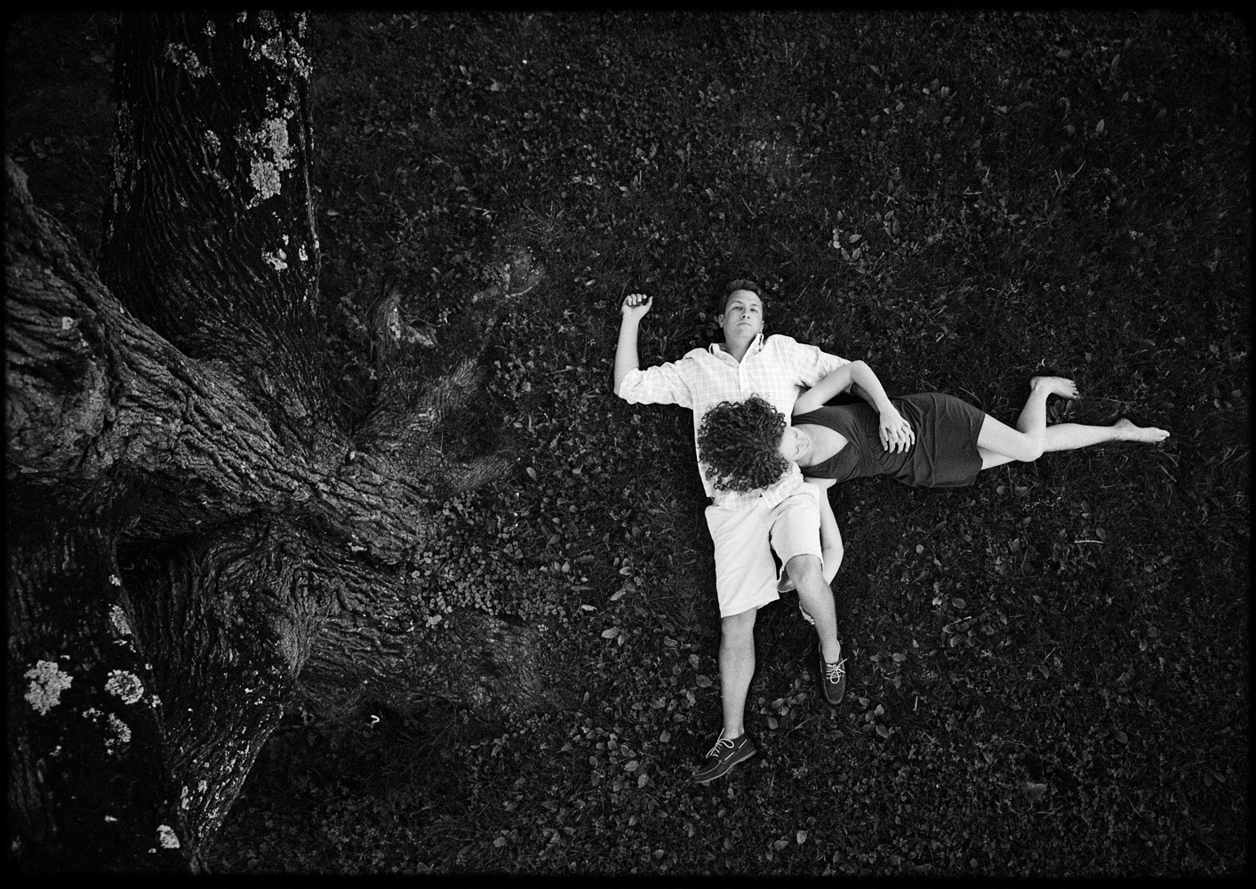 middlebury_summer_engagement_session_in_a_tree