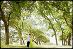 texas_ranch_engagement_portrait_in_trees