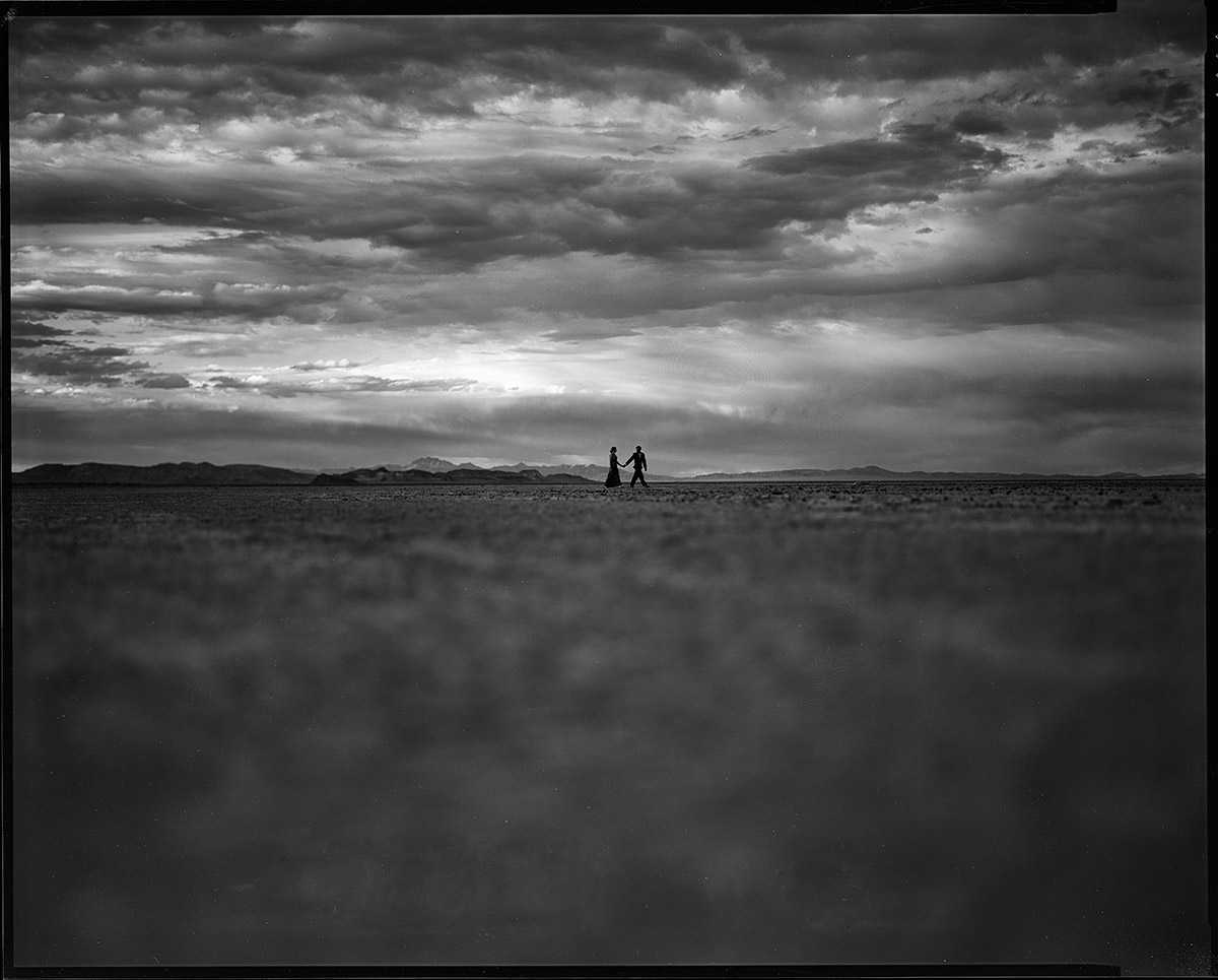 eliot-ethel-020-black-rock-desert-lake-tahoe-wedding-photographer-theilen-photography