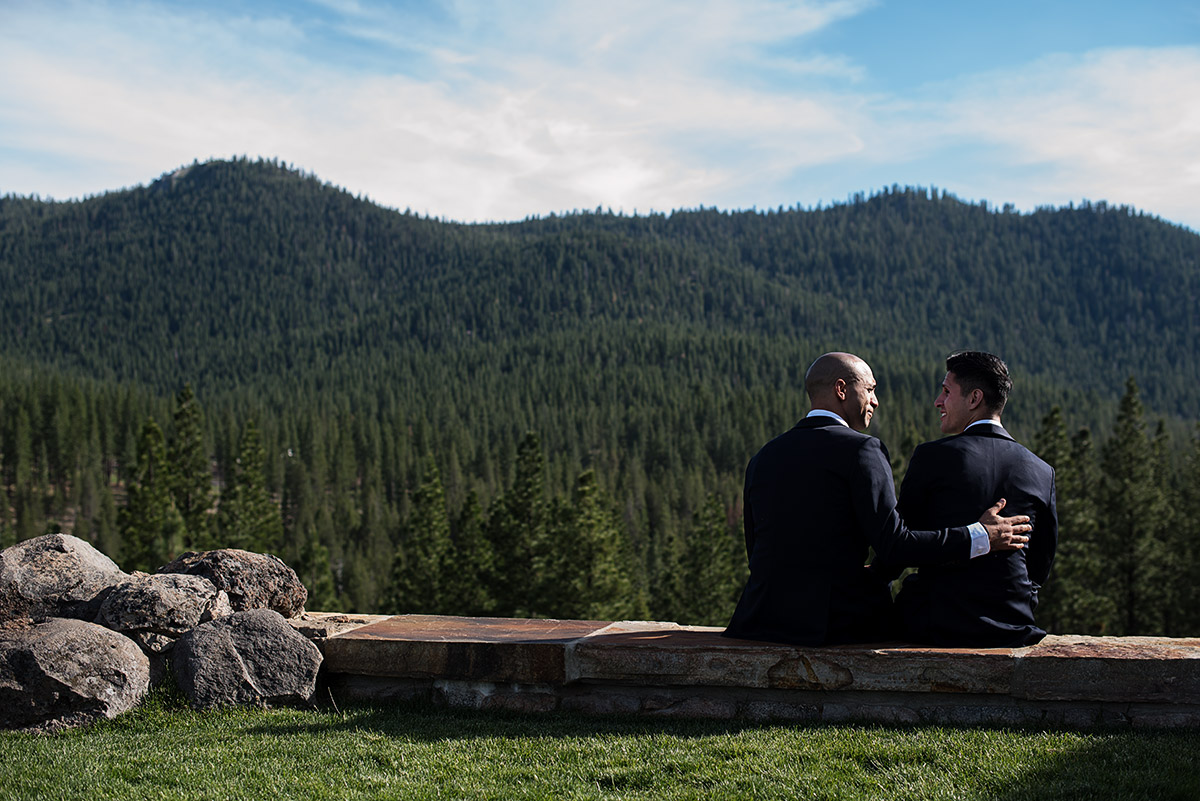 gabe-billy-martis-camp-truckee-033-lake-tahoe-wedding-photography-theilen-photography