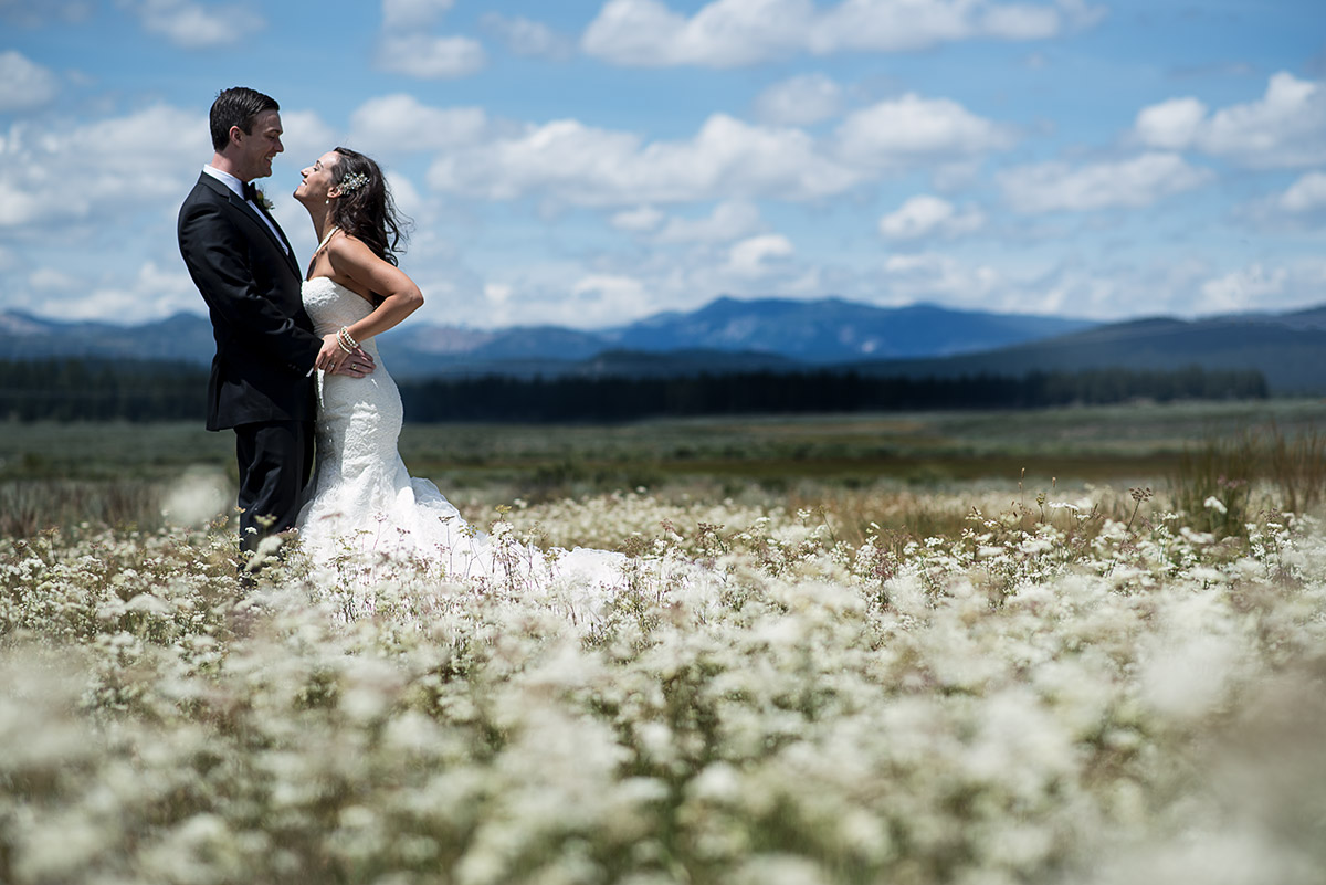 jeni-sean-013-zephyr-lodge-northstar-truckee-wedding-photographers-theilen-photography