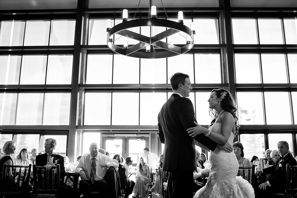 jeni-sean-031-zephyr-lodge-northstar-truckee-wedding-photographers-theilen-photography