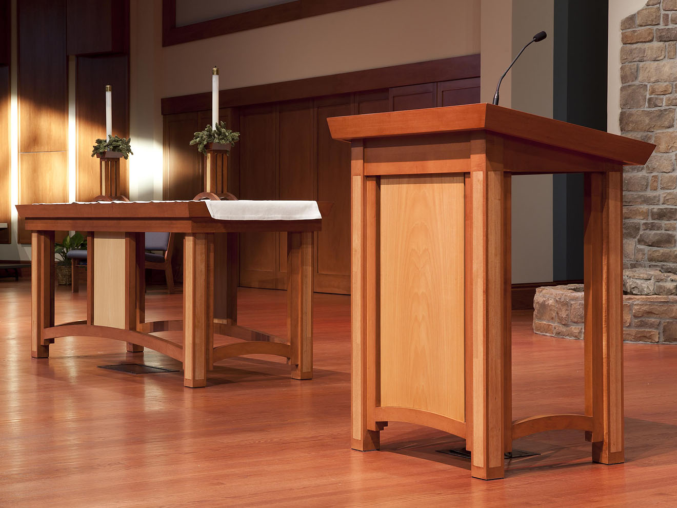 table and pulpit lectern