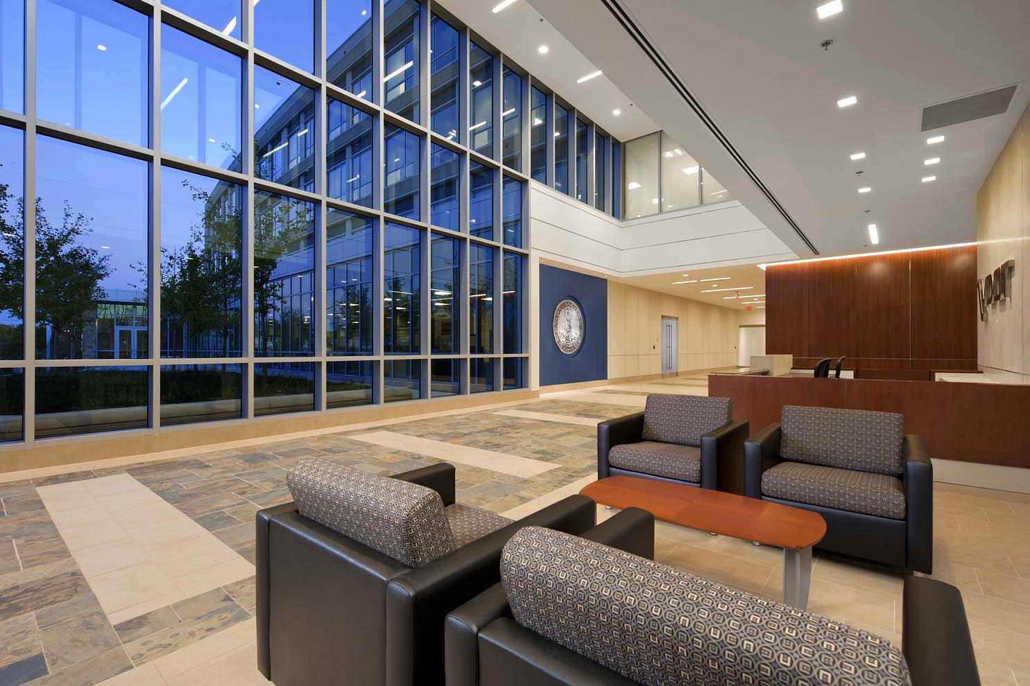 Fairfax, VAArchitect: Wisnewski Blair & Associates, Ltd.(now HGA Mid-Atlantic, Inc.)GC: EEREEDMEP Engineer: GHT Limited