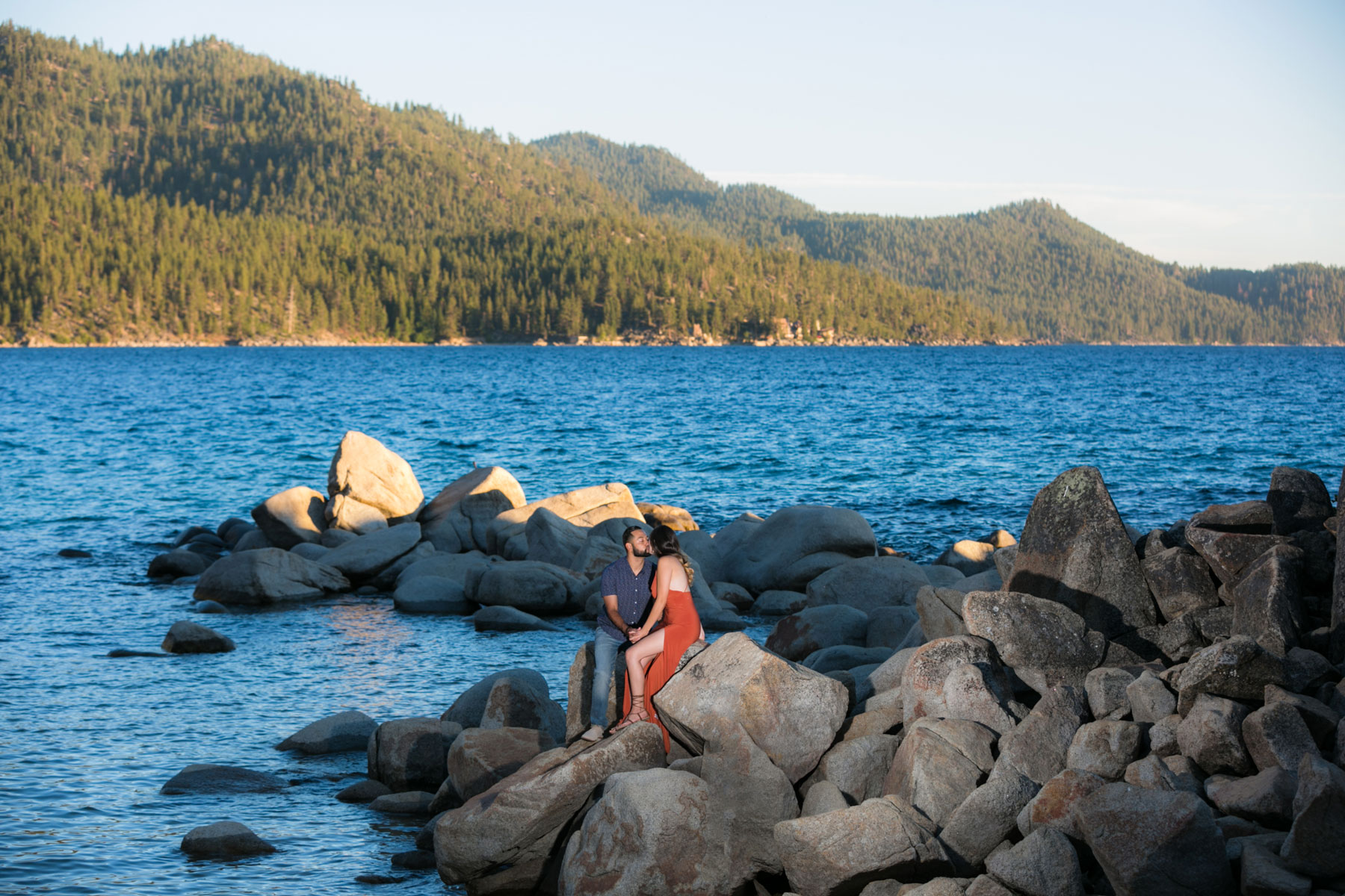 lake-tahoe-9-engagement-session-photography-tahoe-weddings