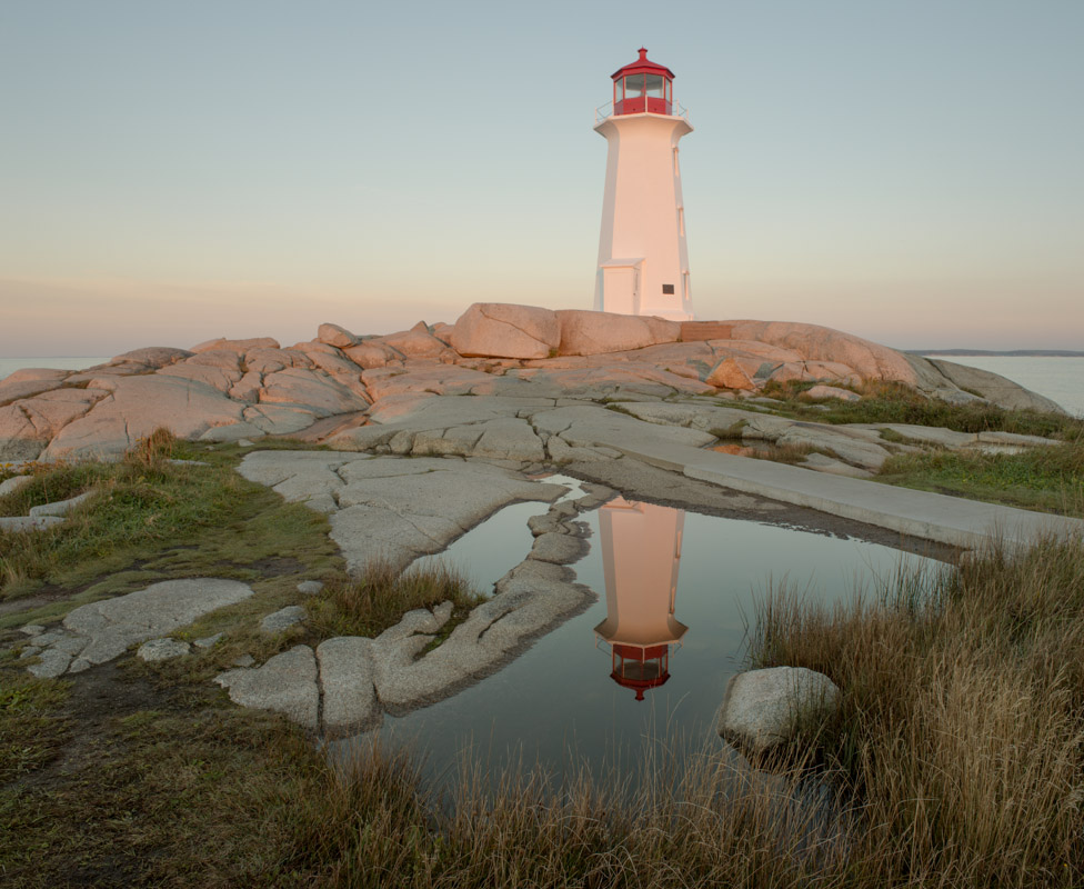 Lighthouse Peggy's Cove 28