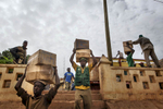 Africa, Mali, Mopti. UN supplies been loaded in the port of Mopti for starving population in the north- Timbuktu.©Marco Gualazzini for The New York Times