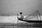 Myanmar-Inley-Lake-Fisherman-Photo-by-Cyril-Eberle-CEB_5799
