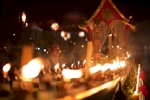 laos-luang-prabang-festival-of-lights-photo-by-cyril-eberle-web-CEB_0353