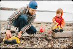 dad-son-play-trucks-on-beach-virginia-family-photography