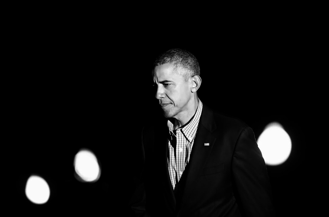 Us President Barack Obama returns to the White House after a trip to Los Angeles and San Francisco in California on June 21 2015, in Washington, DC. He attended DNC events and delivers remarks at the annual meeting of the U.S. Conference of Mayors in San Francisco (Pool / Aude Guerrucci)